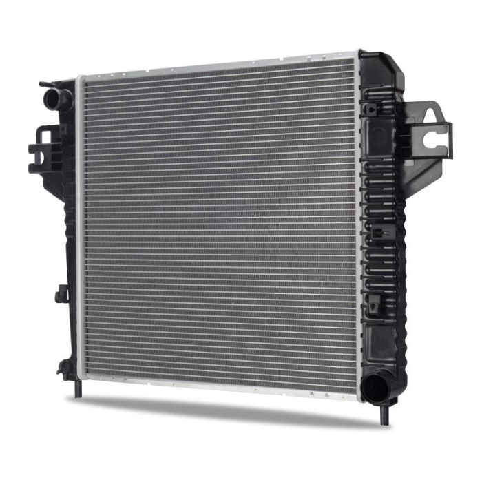 Jeep Liberty 3.7L Replacement Radiator, 2002-2006