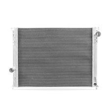 Chrysler 300 SRT-8 Performance Aluminum Radiator, 2005-2007, 2012-2014
