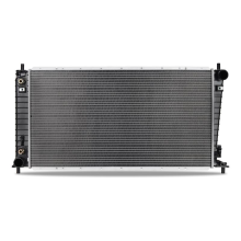 Ford F-150 5.4L Replacement Radiator, 2003-2004