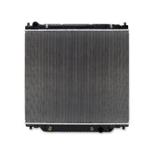 Ford Excursion Replacement Radiator, 2000-2005
