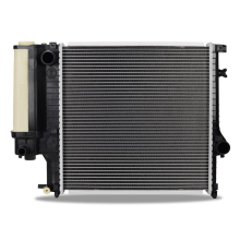BMW 318i/is/ti Manual Replacement Radiator, 1991-1999