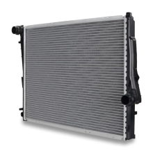 BMW 325i 2.5L Replacement Radiator, 2001-2005